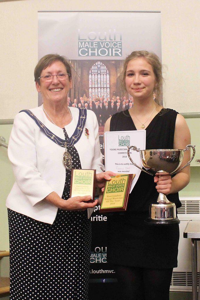 Eileen Ballard (mayor) & Florence Hand winner 2016
